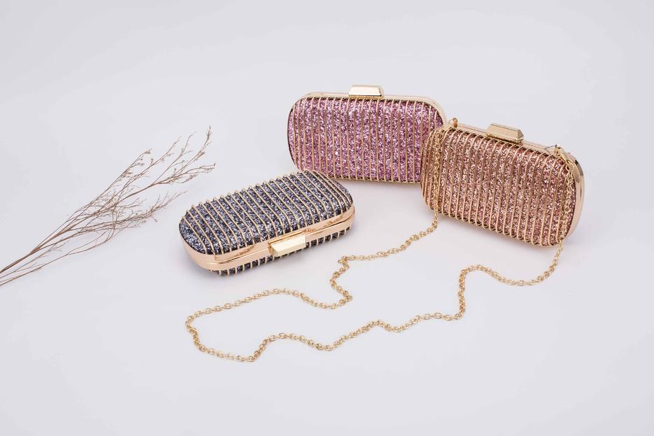 new original design 2018 best seller glitter metal frame clutch bag